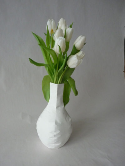 Vase en porcelaine de Limoges Baudruche