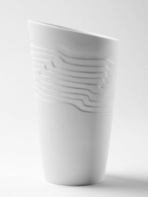 Vase en porcelaine de Limoges Sahara