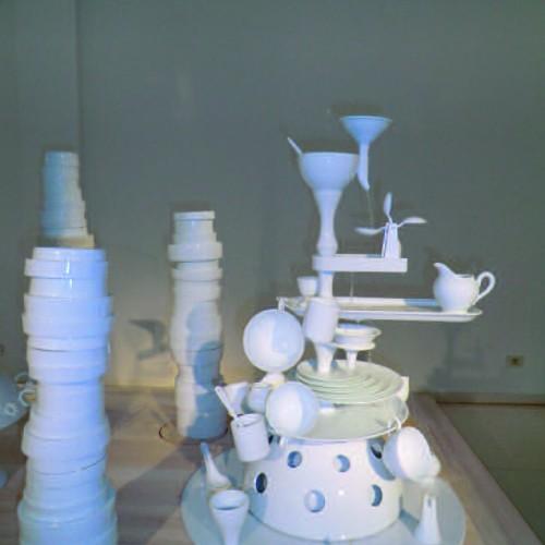CONTEMPORARY ART PORCELAIN Musée Du Design De Gand (Belgique)