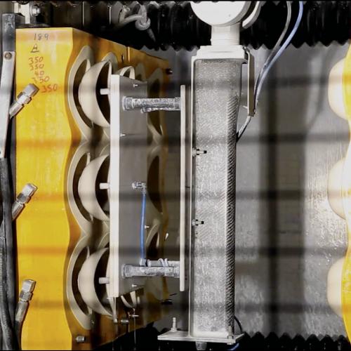 Photo Une Unité De Production Automatisée De Coulage Sous Pression, Source Cerinnov