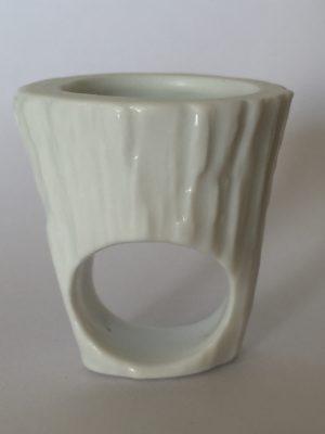 Bague Gazon Pot écorce, création Philippe et Laurence RATINAUD, membres d'Esprit Porcelaine