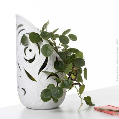 L'air de rien vase Babylone, Esprit porcelaine, créateur en porcelaine de Limoges
