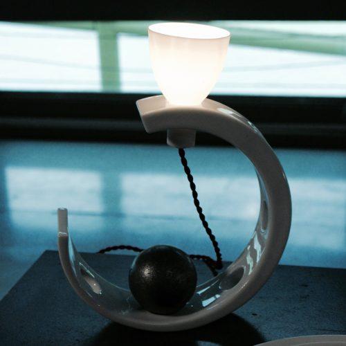 PDW16 ESPRIT PORCELAINE Lampe Half Moon B De Gilles Méraud